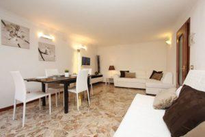 pulizia-appartamenti-e-case-vacanza-a-venezia-3-300x200