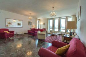 pulizia-appartamenti-e-case-vacanza-a-venezia-7-300x200